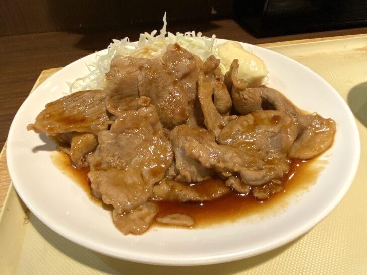 綾瀬「かあちゃん」 甘く濃いタレでご飯が進む。通し営業も嬉しい正統派の定食屋